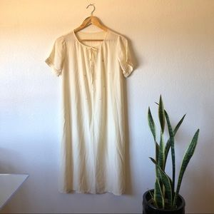 Vintage 50's silk daisy nightgown